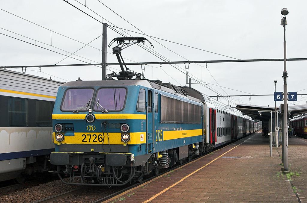 2726 Braine-Le-Comte 5/10/2011<br /> IR3733 1136 Bruxelles Nat Aéroport-Quevy