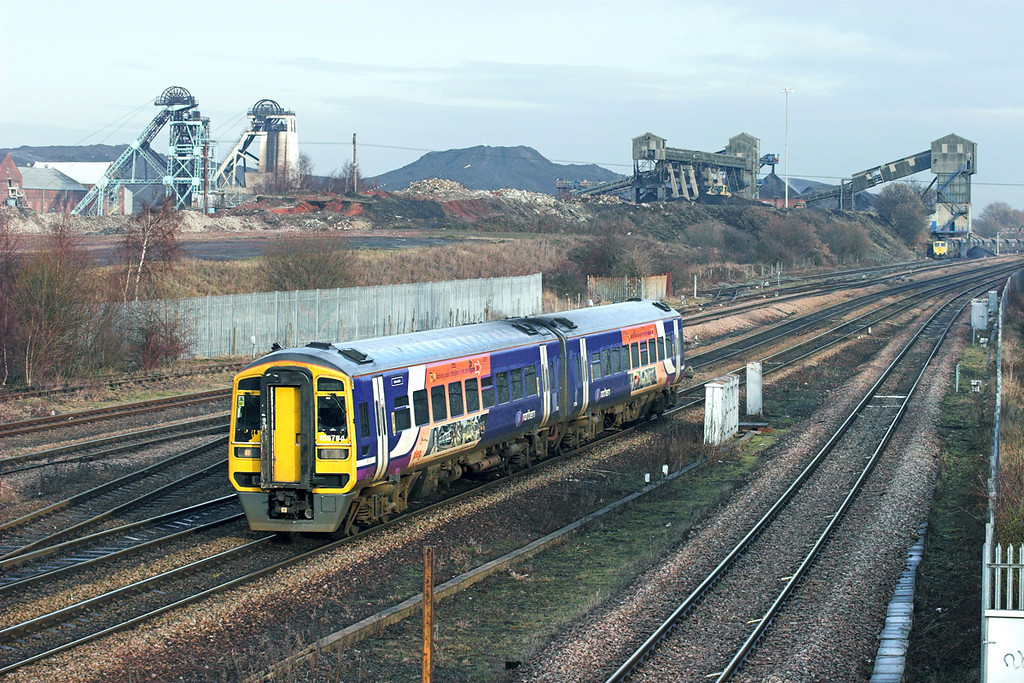 158784 Hatfield and Stainforth 6/1/2011<br /> 1J72 1128 Scarborough-Sheffield