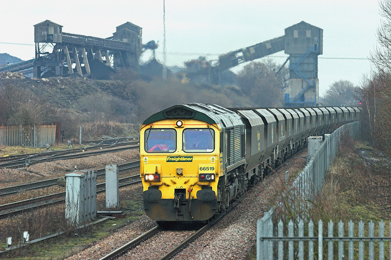 66519 Hatfield and Stainforth 6/1/2011<br /> 6M51 1145 Immingham Dock-Rugeley PS
