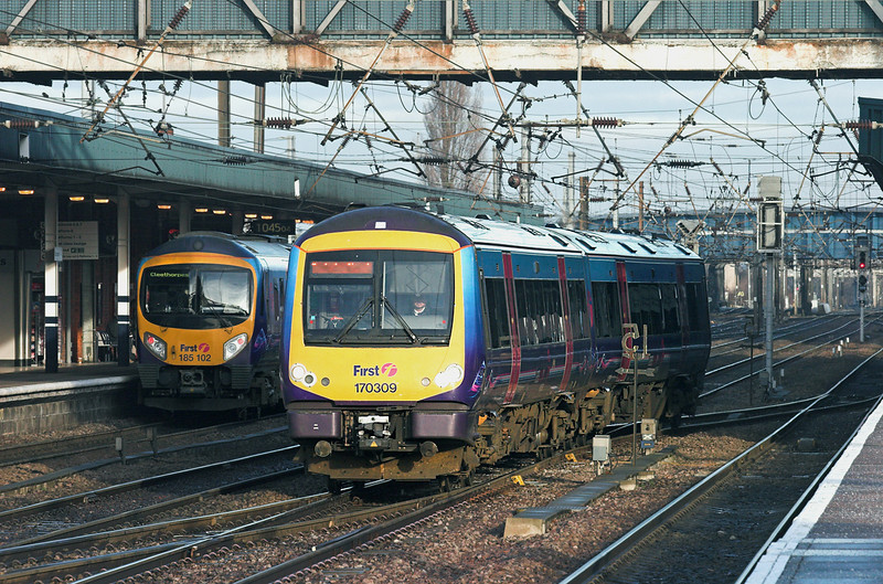 170309 Doncaster 6/1/2011<br /> 1B73 0928 Cleethorpes-Manchester Airport