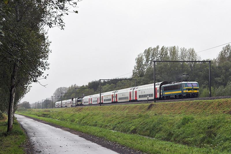 2754 and 2745, Schulen 6/10/2011<br /> IC1509 0906 Knokke-Tongeren/<br /> IC1609 0911 Blankenberge-Tongeren