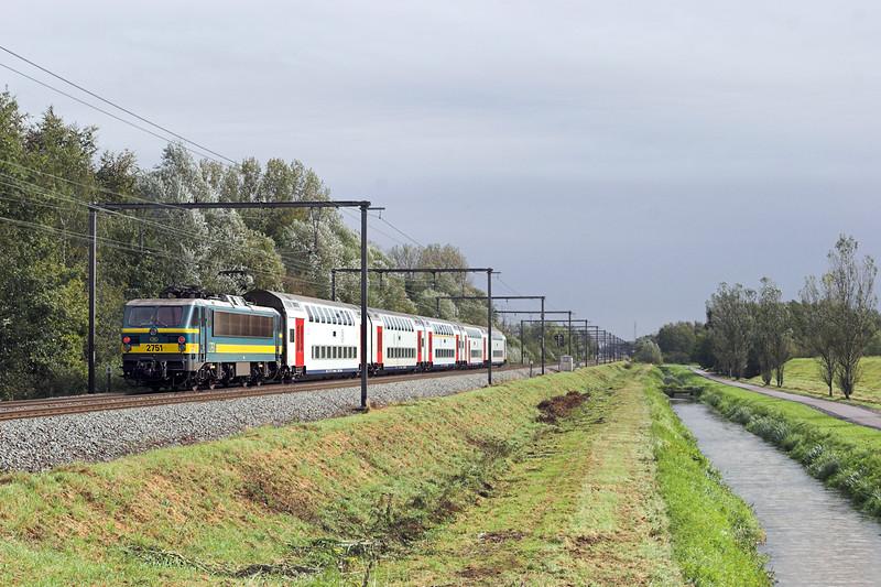 2751 Schulen 6/10/2011<br /> IC1510 1006 Knokke-Tongeren