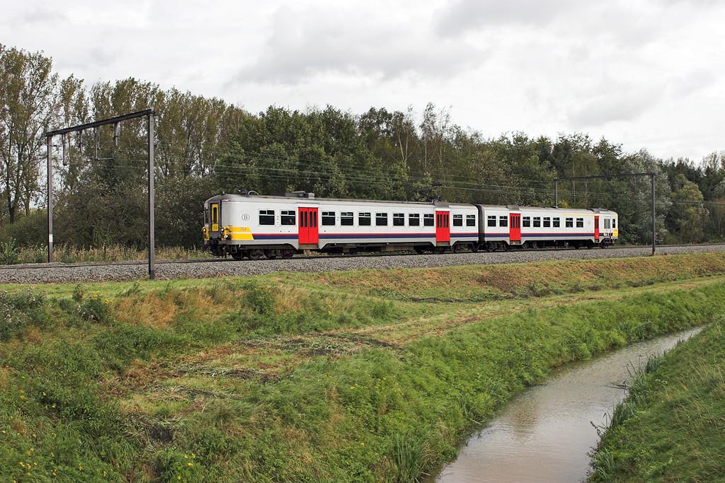 754 Schulen 6/10/2011<br /> R2484 1339 Hasselt-Leuven