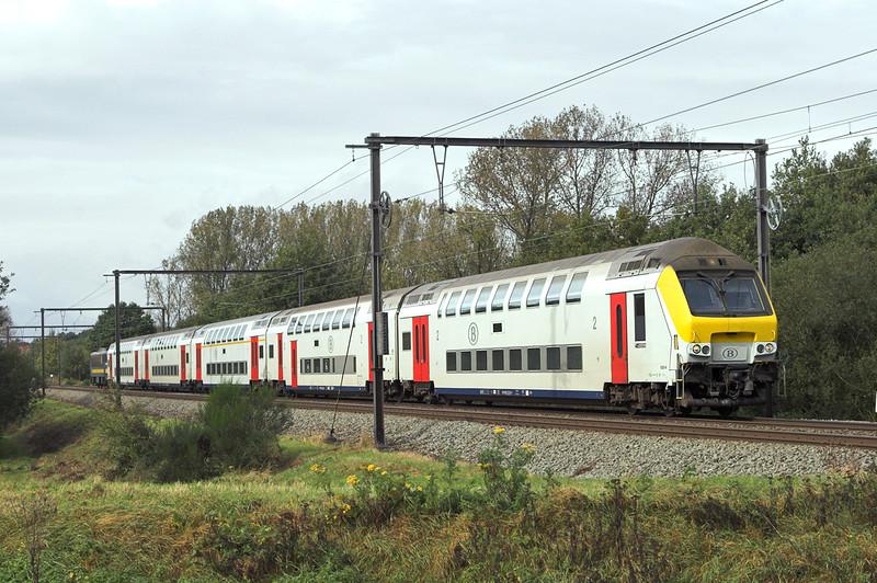 2751 (on rear) Schulen 6/10/2011<br /> IC1510 1006 Knokke-Tonderen