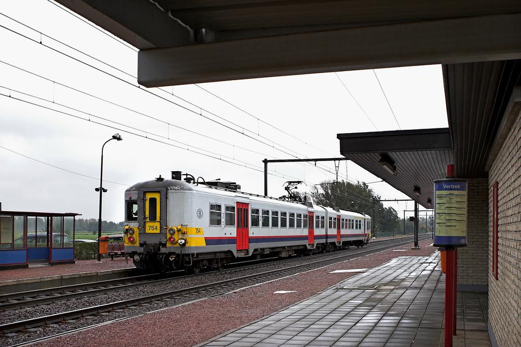 754 Schulen 6/10/2011<br /> R2460 1034 Leuven-Hasselt