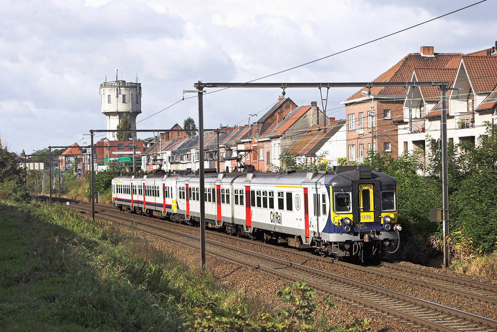 998 and 756, Wetteren 7/10/2011<br /> IR3511 1120 Gent St Pieters-Genk