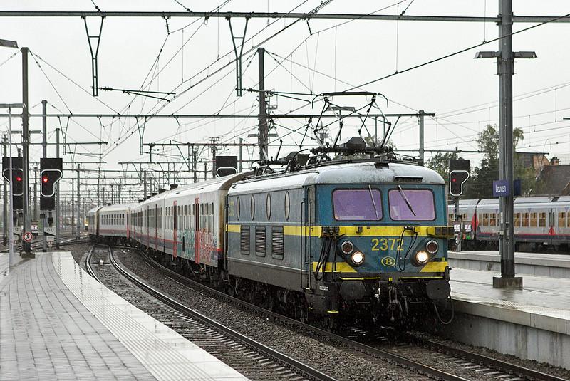 2372 Leuven 7/10/2011<br /> IC7515 0714 Mouscron-Leuven