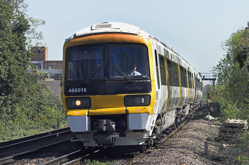 466018 and 465179, Bexley 8/4/2011<br /> 2O29 1047 London Cannon Street-London Cannon Street <br /> (via Woolwich and Sidcup)
