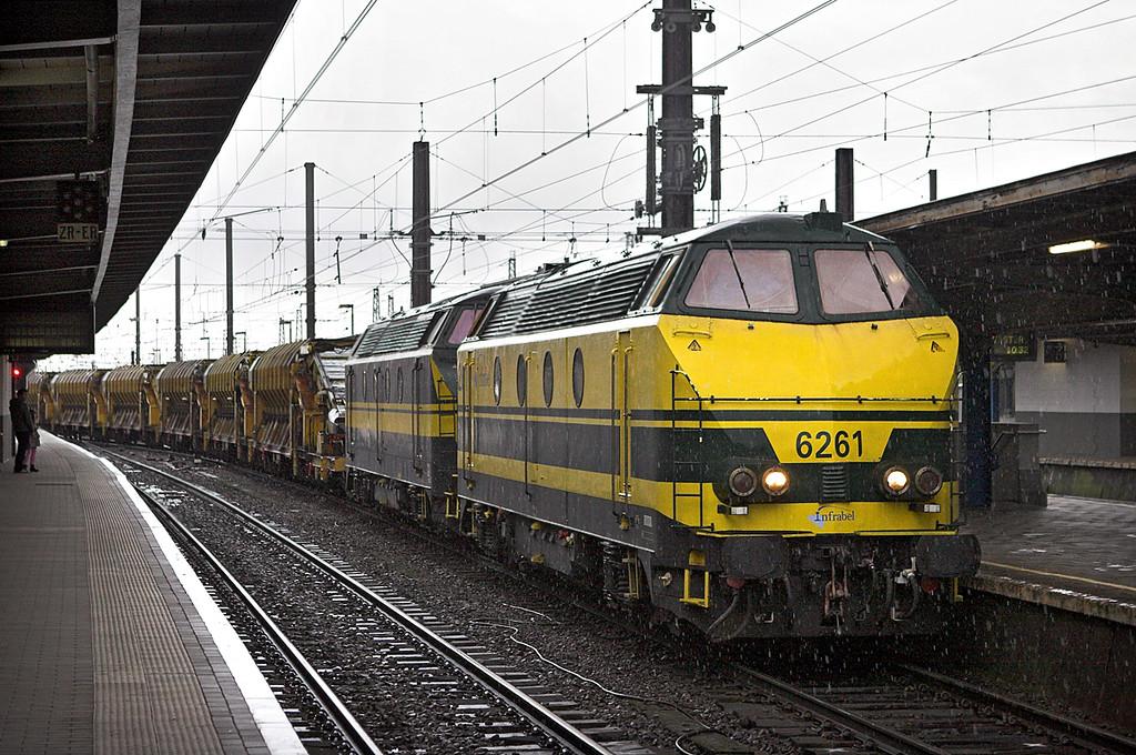 6261 and 6256, Bruxelles-Midi 8/10/2011