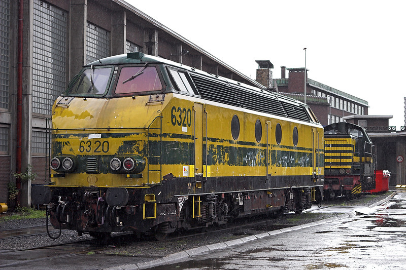 6320 and 7359, Charleroi Sud 8/10/2011
