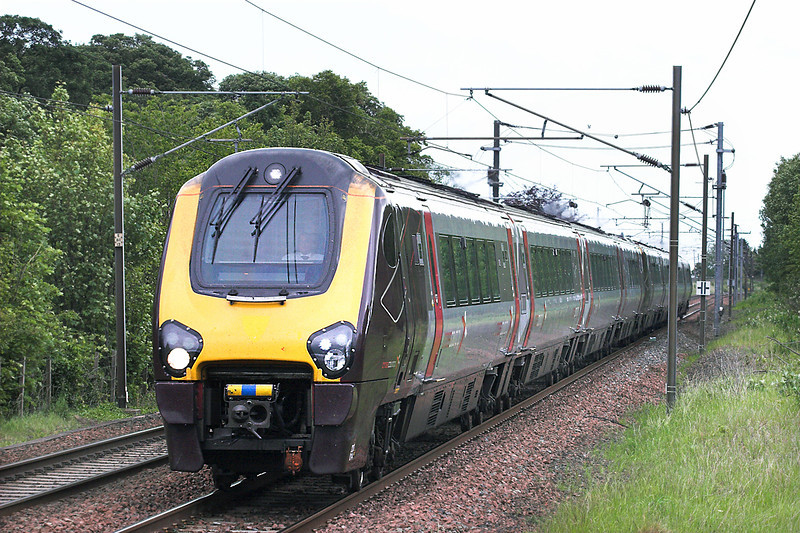 220014 and 220013, Longniddry 9/6/2011<br /> 1S61 0703 Birmingham New Street-Edinburgh