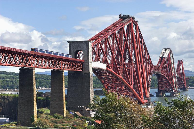 170453 North Queensferry 9/6/2011<br /> 1A79 1629 Edinburgh-Inverurie