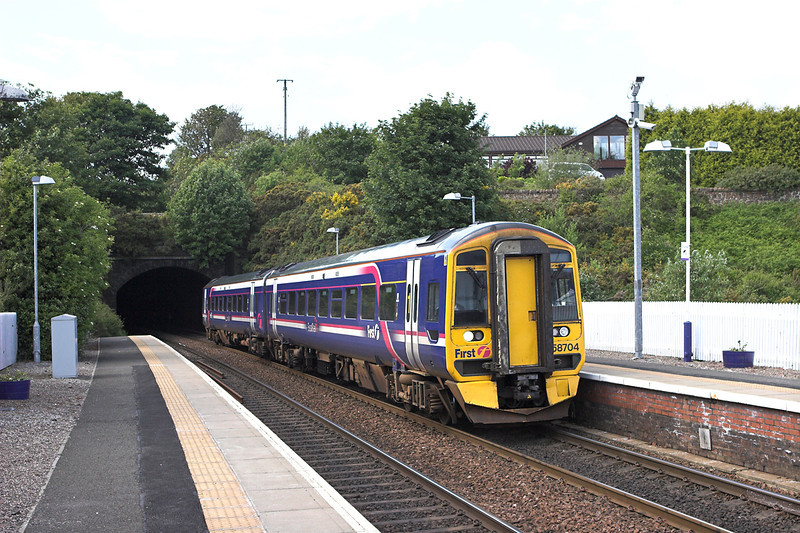 158704 North Queensferry 9/6/2011<br /> 2K05 1417 Newcraighall-Edinburgh (via Fife Circle, anti-clockwise)
