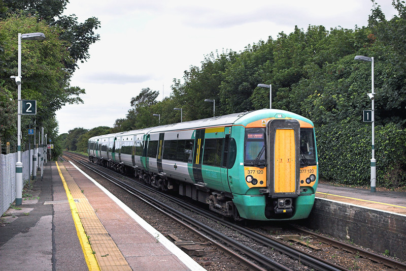 377120 Southwick 9/8/2011<br /> 1H23 1045 Littlehampton-London Victoria