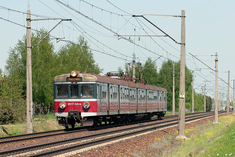 EN57-846 Dopiewo 10/5/2011<br /> 17331 0909 Skierniewice-Zbaszynek