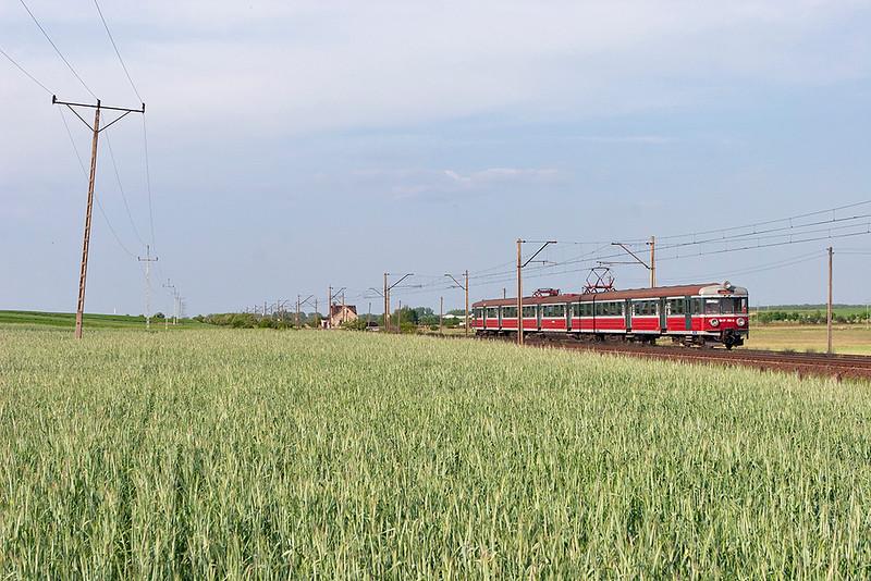 EN57-936 Czempin 11/5/2011<br /> 77753 1707 Leszno-Gniezno