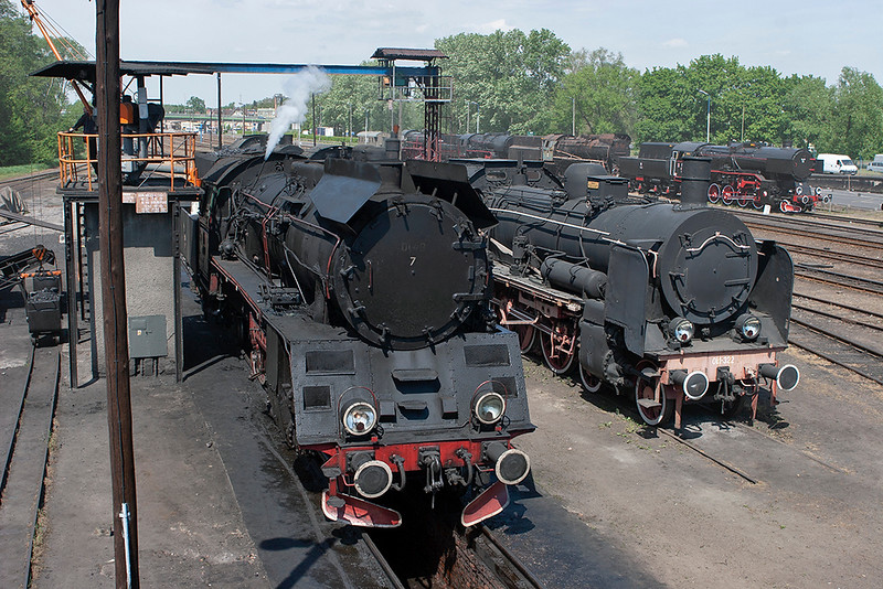 Ol49-7 and Ok1-322, Wolstyn Depot 11/5/2011