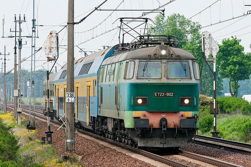 ET22-902 Wojnowice 12/5/2011<br /> 77226 1023 Nowytomysl-Poznan Glowny