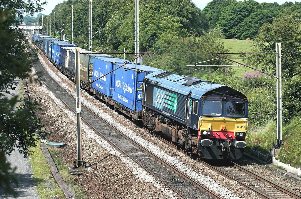 66431 Charnock Richard 14/7/2011<br /> 4M64 0822 Mossend-Daventry