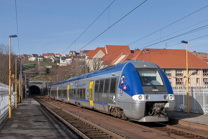 B82628 Boulogne Tintelleries 16/2/2011<br /> 842651 1351 Calais Ville-Boulogne Ville