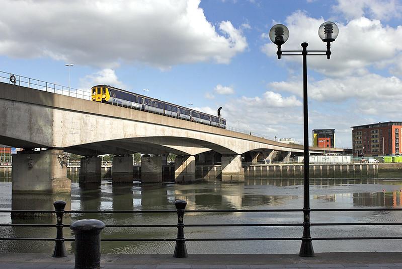 8453 Belfast 16/6/2011<br /> 1648 Belfast Great Victoria Street-Carrickfergus