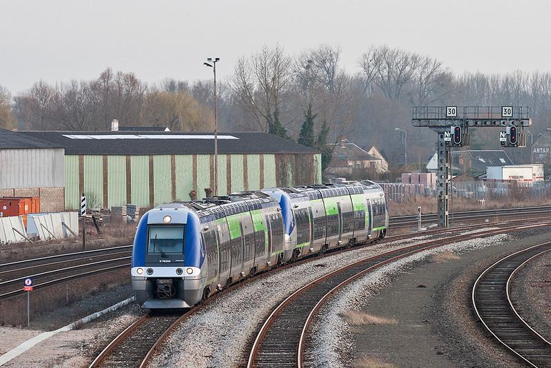 X76596 Abbeville 17/2/2011<br /> 848833 1657 Amiens-Les Treport