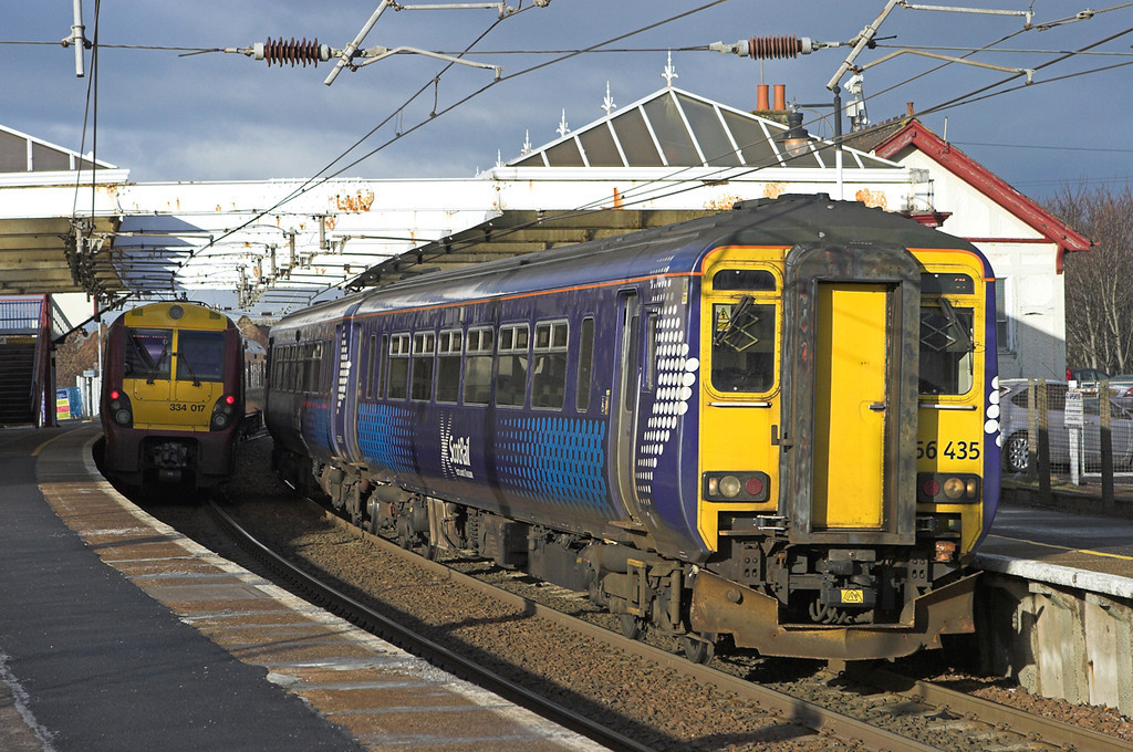 156435 and 334017, Troon 18/1/2011<br /> 156435: 1K95 1142 Glasgow Central-Stranraer<br /> 334017: 2K22 1213 Ayr-Glasgow Central