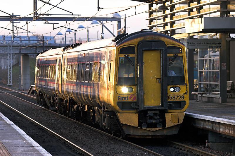 158729 Edinburgh Park 18/1/2011<br /> 2P90 1458 Dunblane-Edinburgh