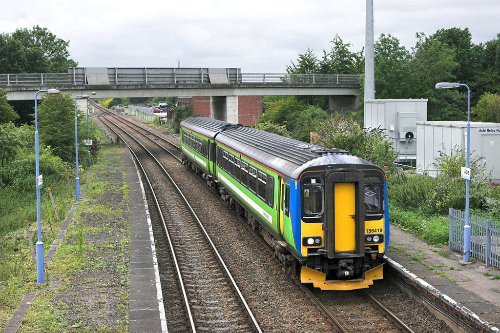 156418 Acle 21/7/2011<br /> 2P22 1336 Norwich-Great Yarmouth