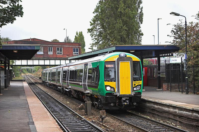 172337 Rowley Regis 23/9/2011<br /> 2S30 1055 Stourbridge Junction-Stratford upon Avon