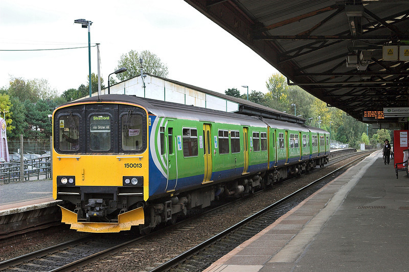 150013 Stourbridge Junction 23/9/2011<br /> 2S36 1155 Stourbridge Junction-Stratford upon Avon
