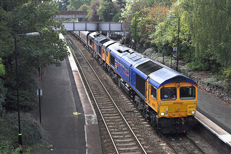 66721 and 66732, Droitwich Spa 23/9/2011<br /> 6Z38 1000 Tidal Sidings-Peterborough