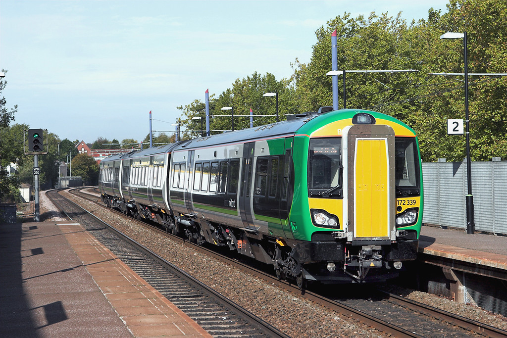 172339 Jewellery Quarter 23/9/2011<br /> 2S24 0955 Stourbridge Junction-Stratford upon Avon
