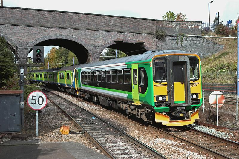 153334 and 150002, The Hawthornes 23/9/2011<br /> 2C22 1025 Stourbridge Junction-Dorridge