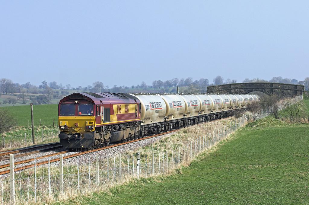 66115 Rimington 24/3/2011<br /> 4M00 0705 Mossend-Clitheroe