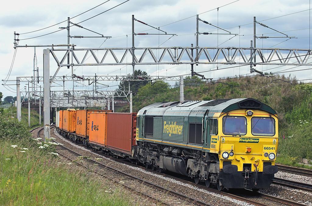 66541 Heamies 24/6/2011<br /> 4O09 1018 Trafford Park FLT-Southampton MT
