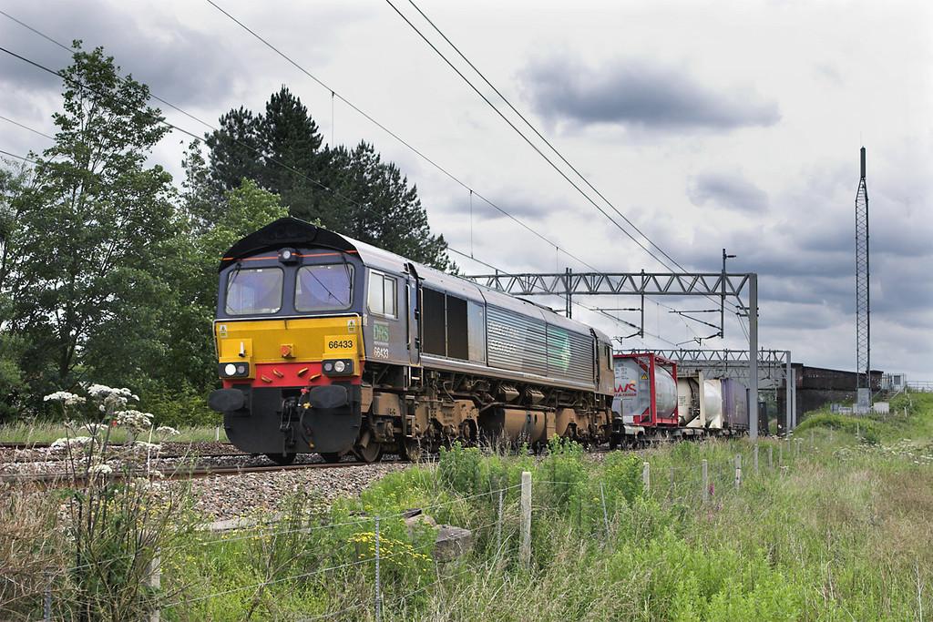 66433 Heamies 24/6/2011<br /> 4S44 1216 Daventry-Coatbridge