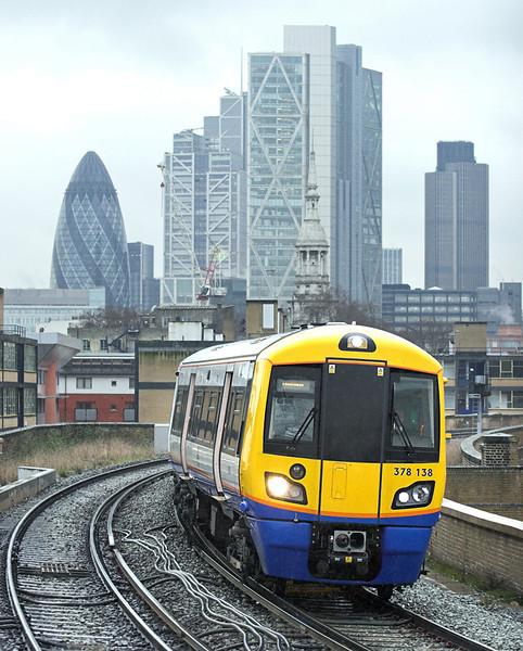 378138 Hoxton 25/1/2011<br /> 9D36 1409 West Croydon-Dalston Junction