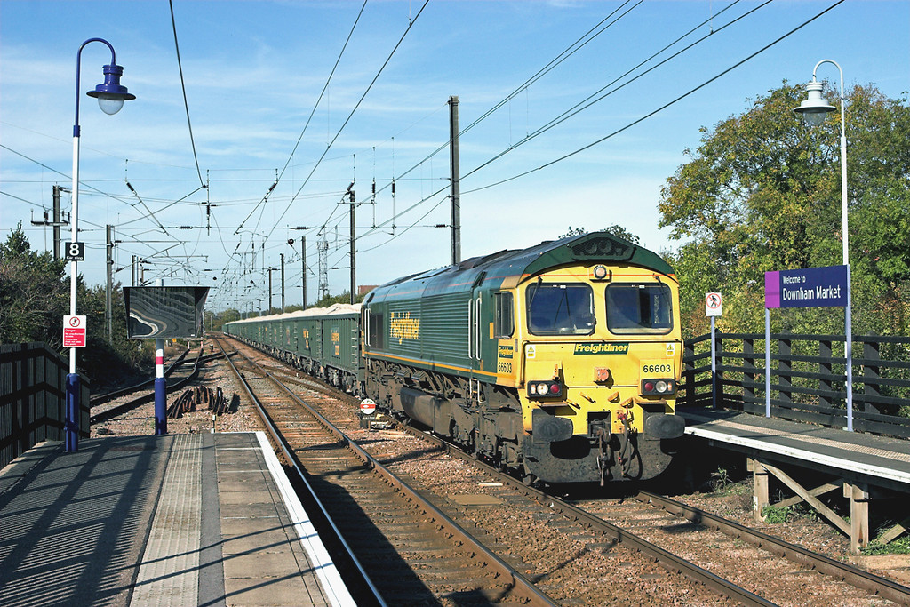 66603 Downham Market 27/9/2011<br /> 6Z88 1435 Middleton Towers-Ellesmere Port