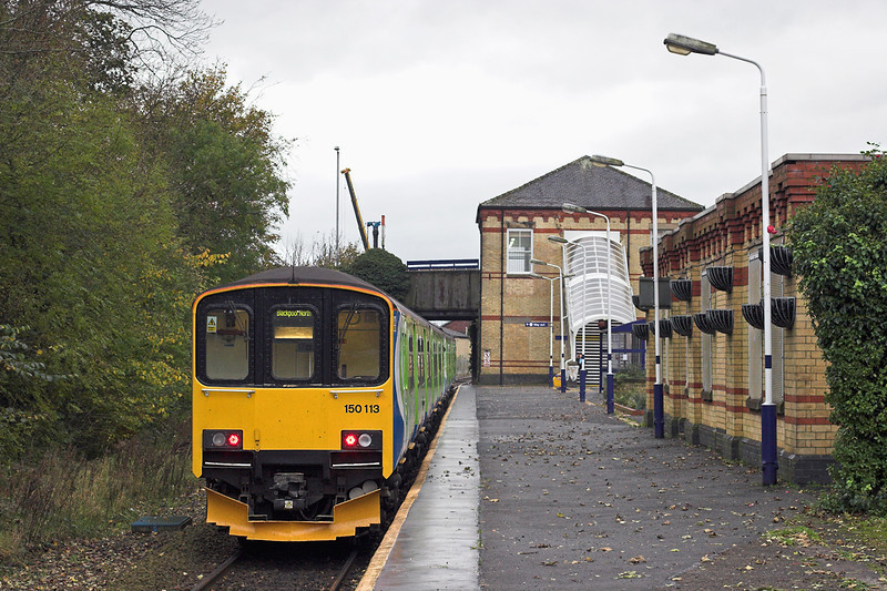150113 and 150116, Kirkham and Wesham 31/10/2011<br /> 2N97 1322 Manchester Victoria-Blackpool North