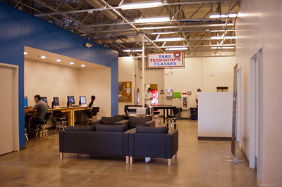 Lounge and more workstations, all loaded with CAD software as at the other TechShop locations. [TechShop San Jose]