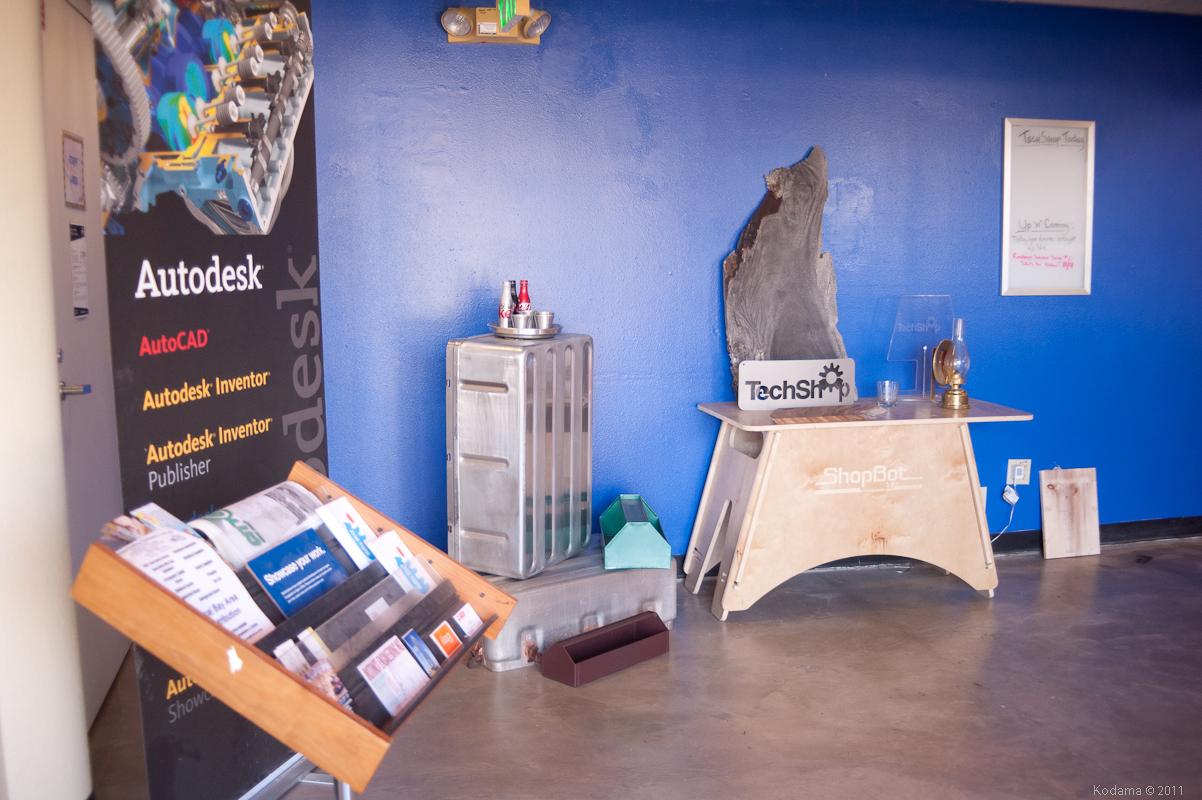 Reception area. [TechShop Menlo Park]