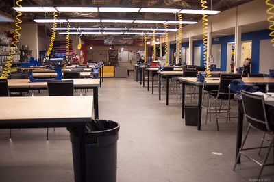 Main general work area.  It looks empty first thing in the morning (9AM) but fills up steadily during the day. [TechShop Menlo Park]