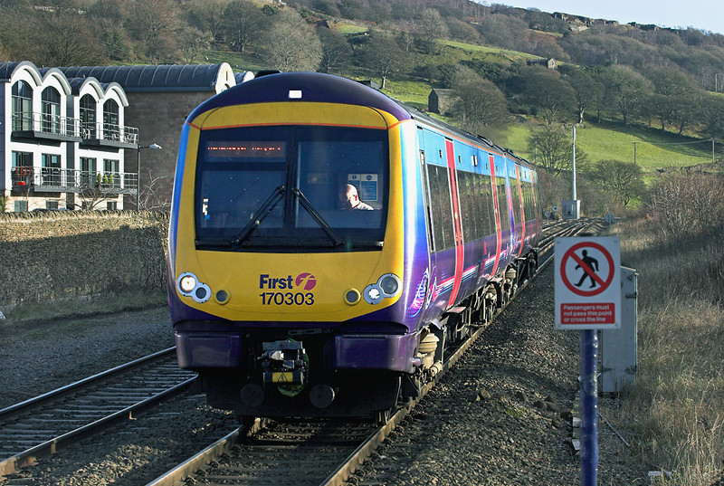 170303 Hathersage 5/12/2012<br /> 1B77 1126 Cleethorpes-Manchester Airport
