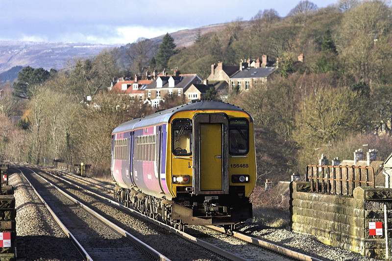 156468 Hathersage 5/12/2012<br /> 2S30 1245 Manchester Piccadilly-Sheffield