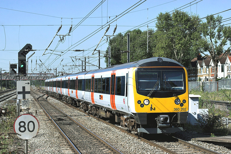 360202 West Ealing 7/9/2012<br /> 2Y30 1057 Heathrow Terminals 123-London Paddington