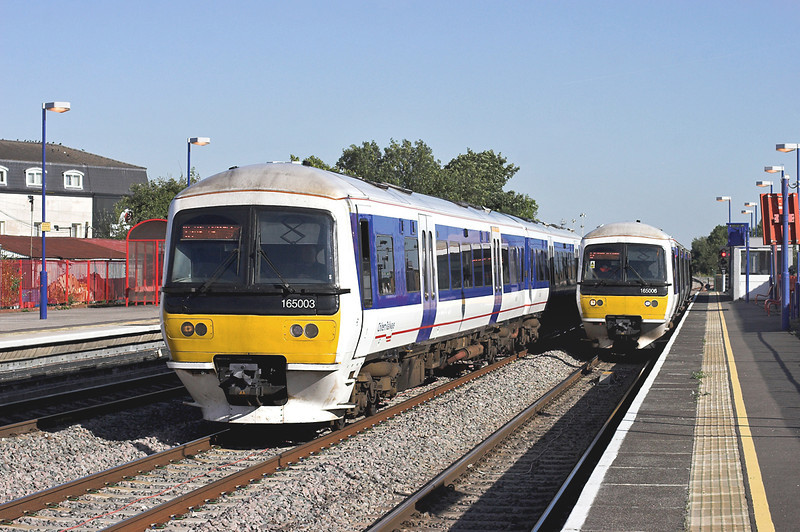 165003 and 165006, South Ruislip 7/9/2012<br /> 165003: 2W46 1613 London Marylebone-High Wycombe<br /> 165006: 2G45 1600 London Marylebone-Gerrards Cross