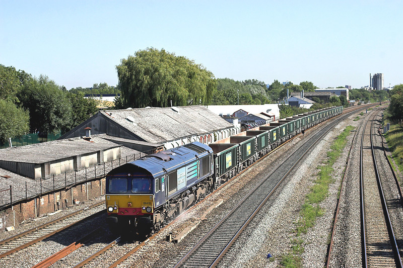 66415 West Drayton 7/9/2012<br /> 6V87 1059 Crawley-Pengam