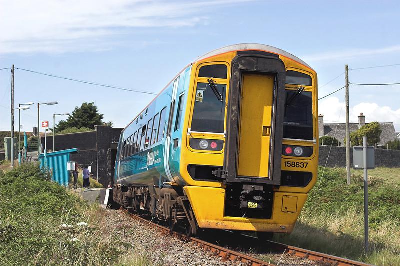 158837 Llandanwg 9/8/2012<br /> 2J11 1255 Machynlleth-Pwllheli