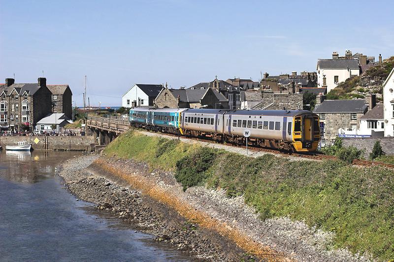158819 and 158836, Barmouth 9/8/2012<br /> 2J07 1054 Machynlleth-Pwllheli